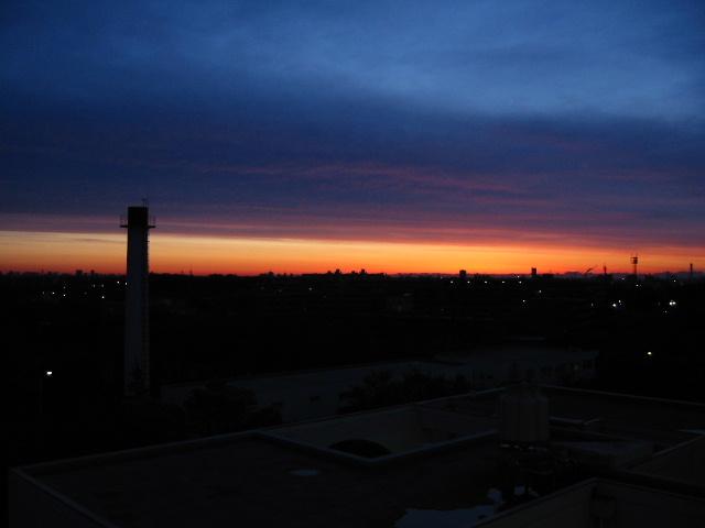 電情棟からの夕日